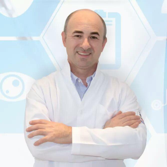 Dr. Alcides