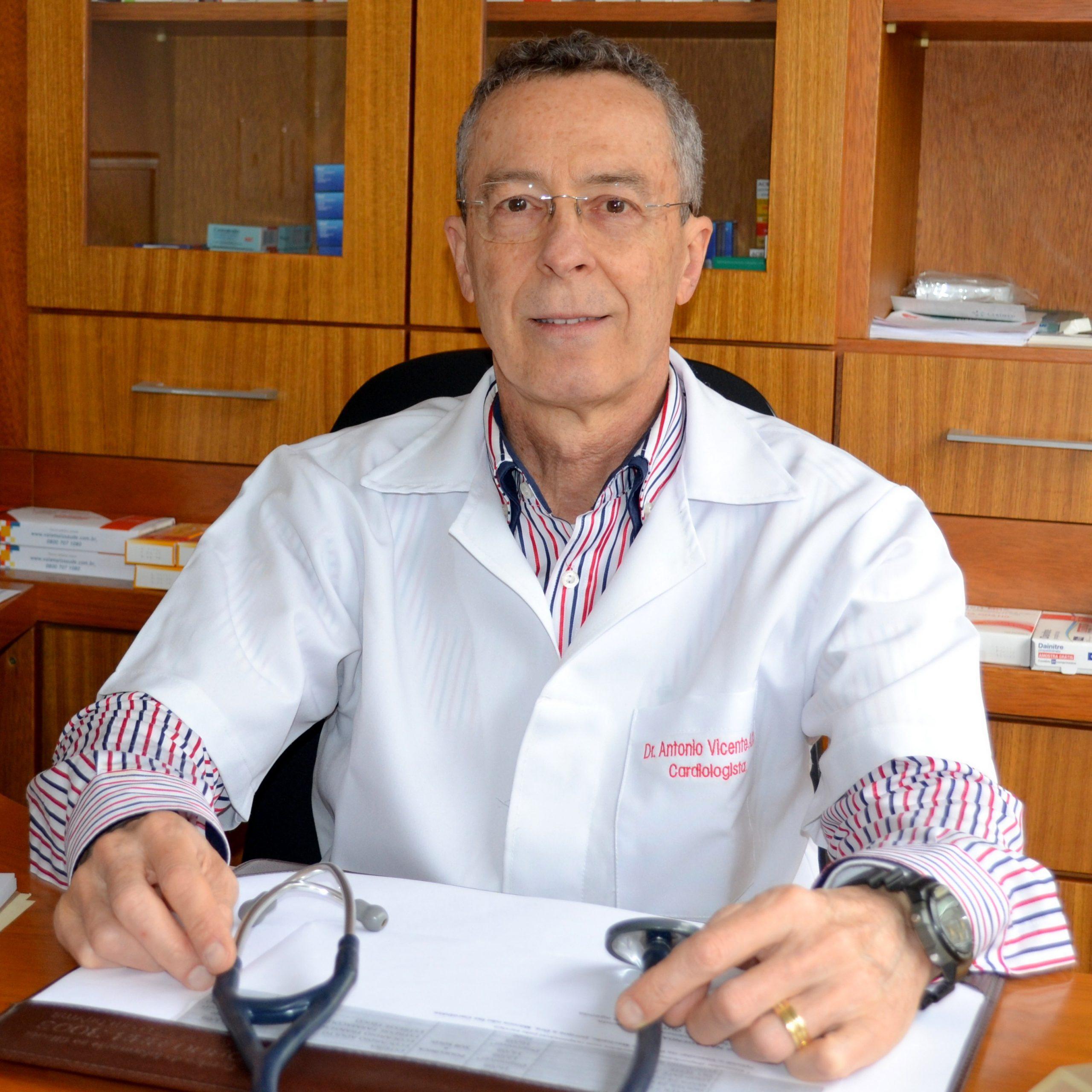 Dr. Antonio Vicente